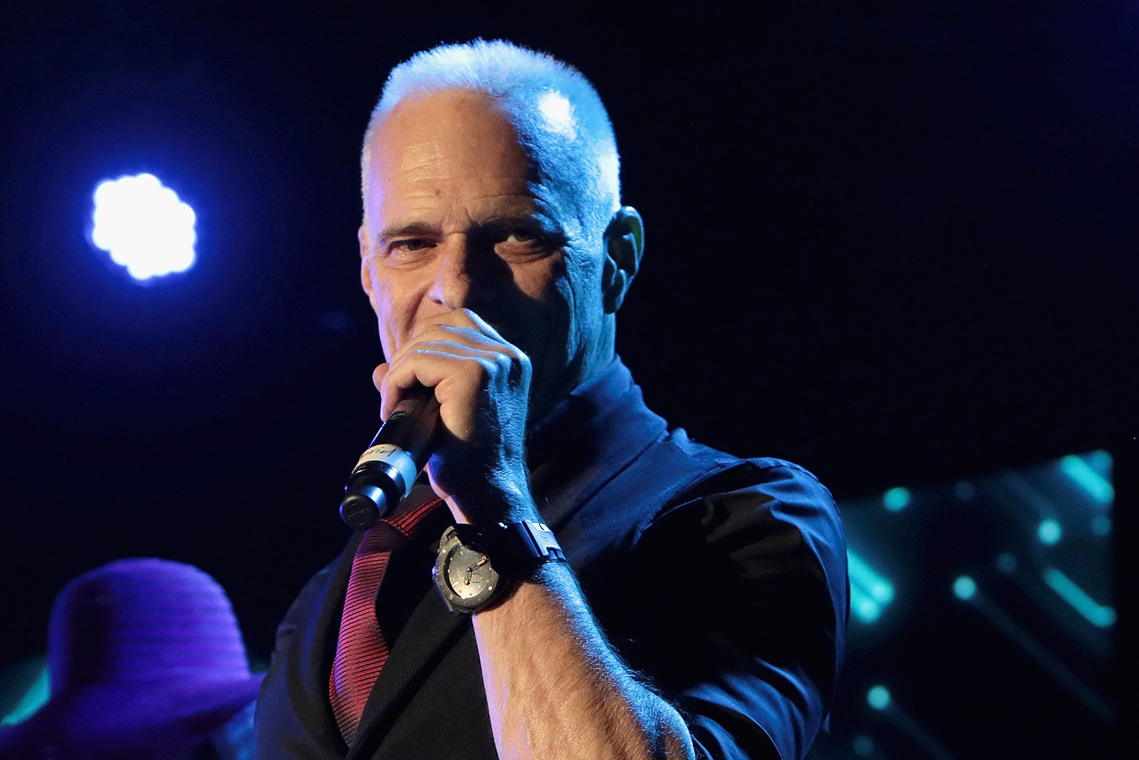 """David Lee Roth: """"'All Of My Preparation Comes From A Determination That's Based On Revenge And Fear'"""