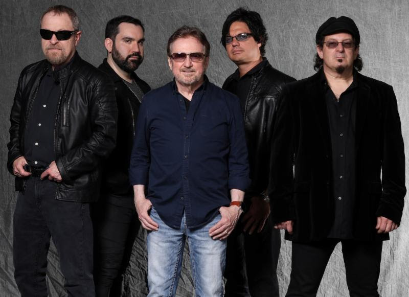 Frontiers Records Signs Veteran Rockers Blue Oyster Cult