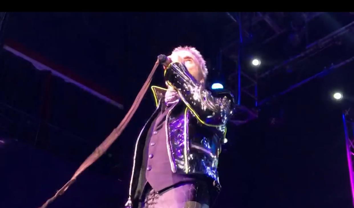 See Fan-Filmed Video Of David Lee Roth's Opening Night In Las Vegas