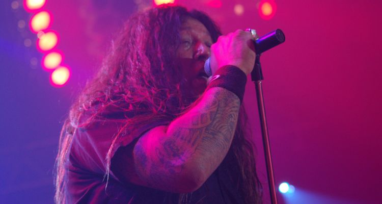 "Testament's Chuck Billy: ""Spotify is Making Billions Out of Our Music"""